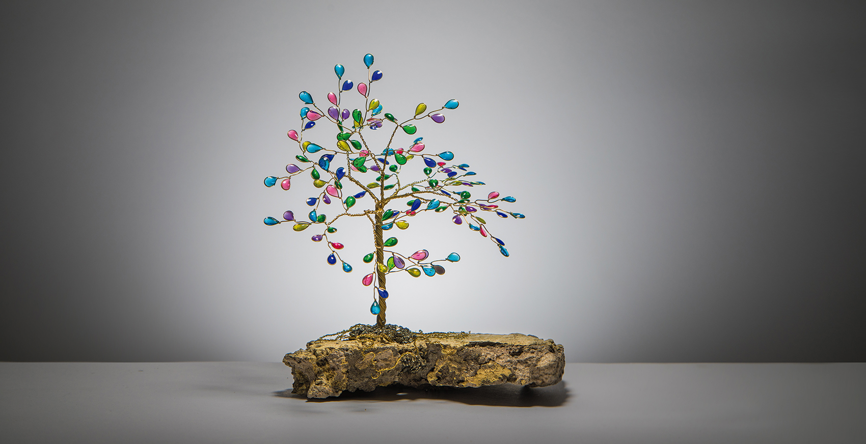 19s, el arte de rescatar rocas para crear joyería con causa