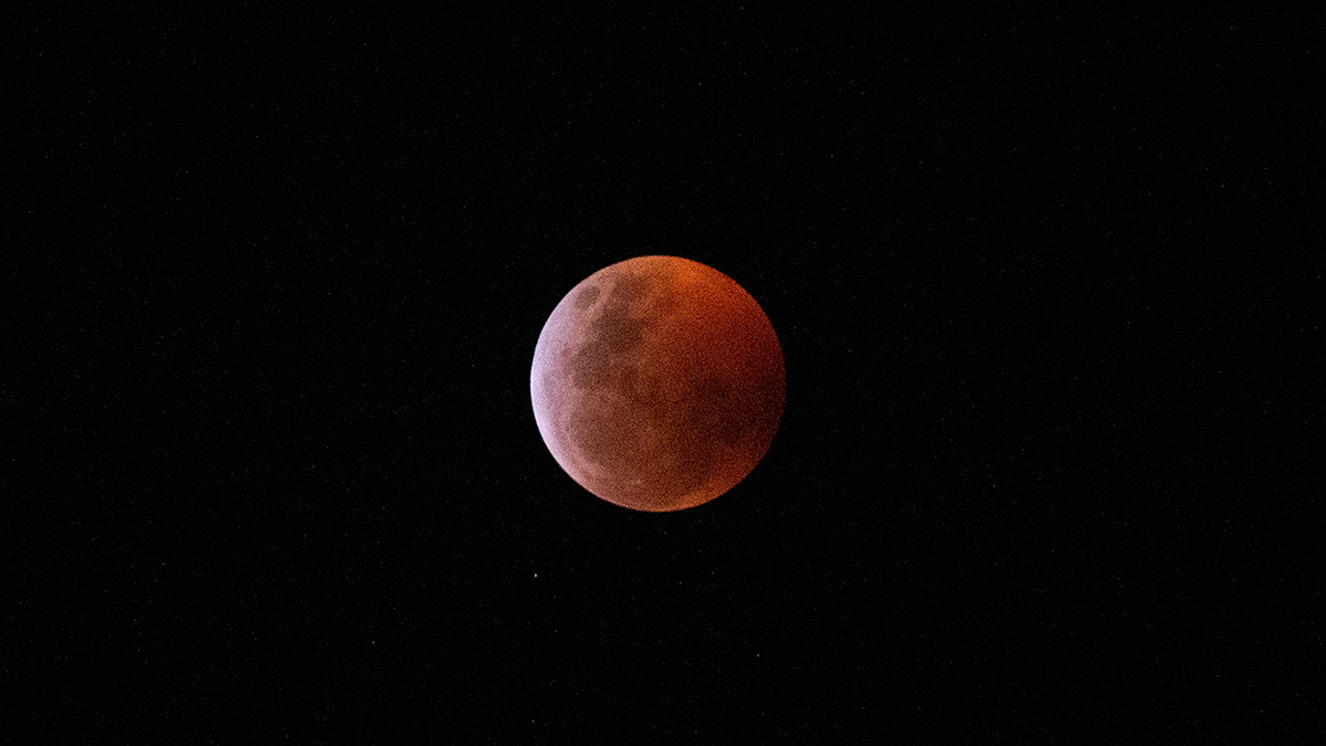 Las redes sociales se embellecieron con la superluna y el eclipse