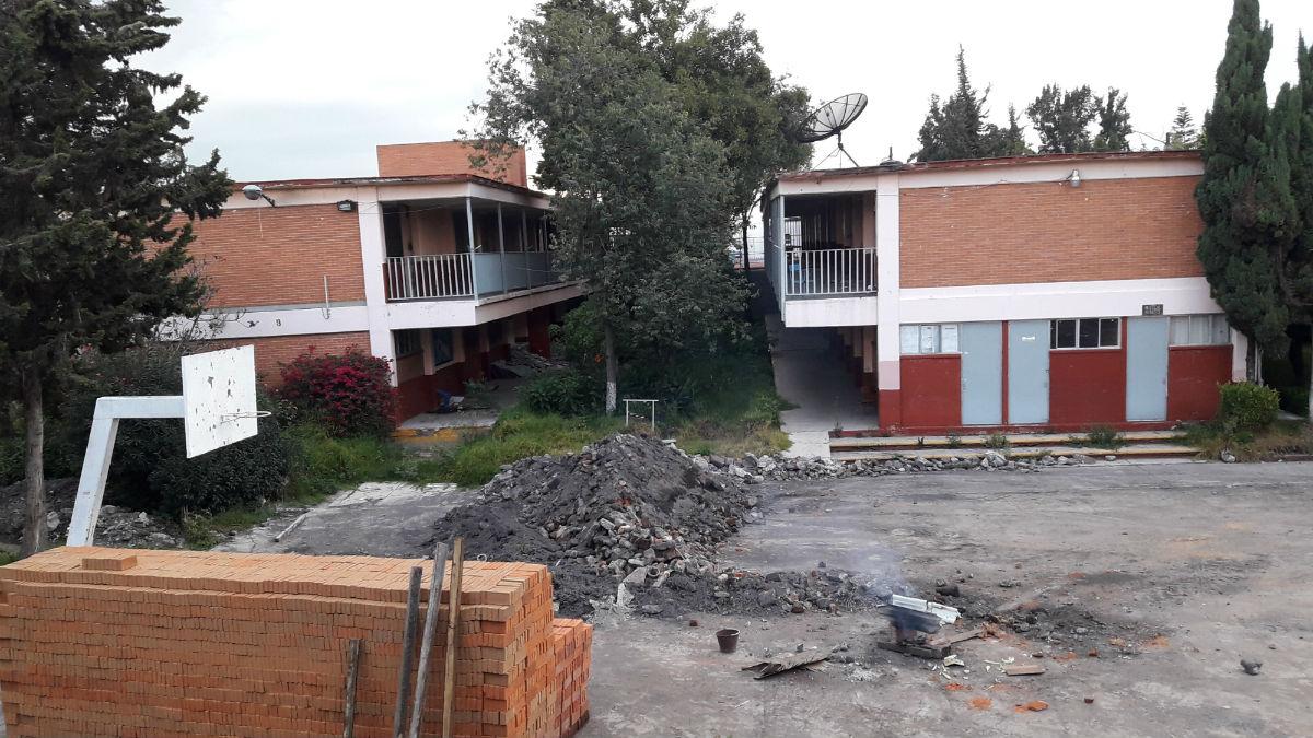 ¿Dónde está el dinero de la reconstrucción de las escuelas?