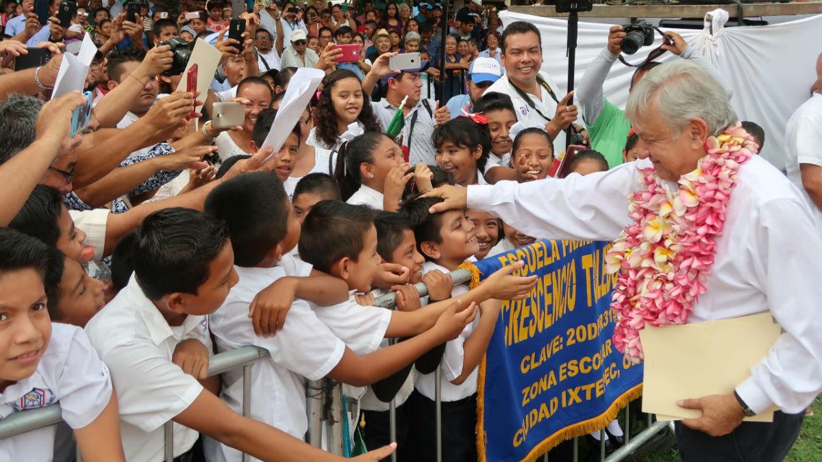 AMLO anuncia inversión de 34 mil mdp en Oaxaca